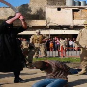 گردن زدن همجنسگرا توسط داعش